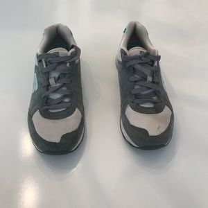 Sketchers Grey and Lime Green Sneakers